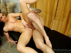 India summer gives mouth job like no other and hard cocked guy knows it