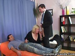 Баба Зрели за секс Тројка