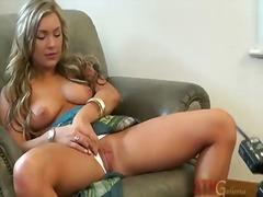 Blondi Lävistys Poseeraus Posliini