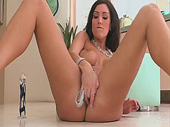 Dylan ryder with gigantic breasts and bald beaver cant live a day without dildoing her slit