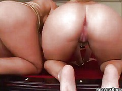 Blondes sarah vandella and alexis texas share the oustanding pocket rocket