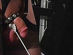 סאדו בלונדיניות שליטה נשית פטיש חליפות גומי
