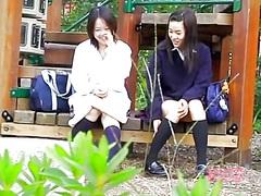 Азиски Срциња Слатка Шпиунирање Девојче